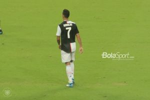 Khusus Ronaldo, Maurizio Sarri Masa Bodoh Dia Mau Main di Mana
