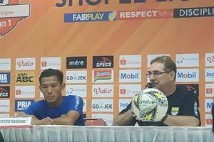 Persib Bandung Bakal Mempunyai Satu Lagi Calon Bek Tengah di Liga 1