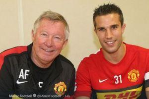Beda dengan Rekan-rekannya, Robin Van Persie Sama Sekali Tidak Takut Sir Alex Ferguson