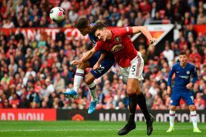 Manchester United Tertahan, Panggung Bek Termahal Dunia 'Dipermalukan' Pemain Ini!