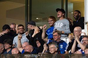 Totalitas Ed Sheeran Terbayar dengan Kemenangan Ipswich Town di Ajang League One