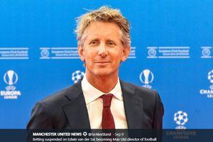 Kecintaan pada Manchester United Membuat Van der Sar Ingin Kembali