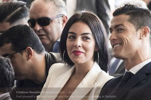 Cristiano Ronaldo Cuma Percaya 4 Orang di Dunia, Siapa Saja?