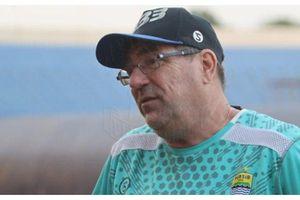 Persib Jamu Arema FC, Ini Harapan Penting Robert Albert pada Bobotoh