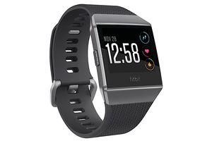 Fitbit Ingin Tiru Kemampuan ECG Apple Watch, Jadi Kompetitor?