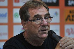 Robert Rene Alberts Ungkap Kecemasannya Jelang Persib Hadapi Badak Lampung FC