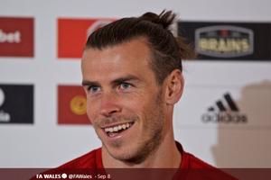 Lagu Fan Timnas Wales untuk Gareth Bale: Negara, Golf, Lalu Real Madrid