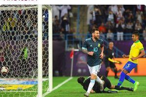 Lionel Messi Disindir karena Sering Minta Tendangan Bebas ke Wasit
