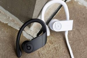 Apple Siapkan PowerBeats 4 Dengan Dukungan Hey Siri yang Lebih Baik
