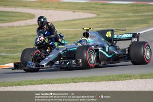 Valentino Rossi, Sang Pembalap Serbabisa yang Piawai Melaju di Atas Dua Tunggangan Berbeda