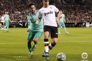 Jual-Beli Serangan, Valencia Vs Real Madrid Tanpa Gol di Babak I