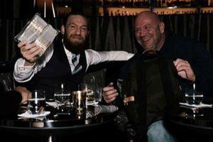 Kerja Cuma 40 Detik, Conor McGregor Jadi Atlet MMA dengan Bayaran Paling Banyak