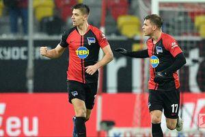 Sama Parahnya di AC Milan, Gol Pertama Krzysztof Piatek di Bundesliga Hanya Lewat Titik Penalti