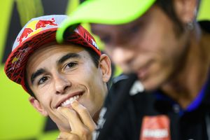 Marquez: Valentino Rossi Lebih Baik dari Casey Stoner Tapi...