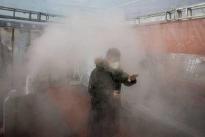 Virus Corona: Bilik Disinfeksi Ternyata Justru Membahayakan, Kok Bisa?