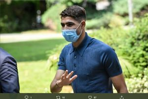 BREAKING NEWS - Bek Inter Milan Achraf Hakimi Positif COVID-19 4 Jam Sebelum Laga Liga Champions