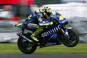 Sekelas Valentino Rossi Nyalinya Bisa Ciut saat Ikut Balapan Ini