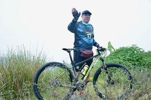 Robert Rene  Alberts Singgung Pemotongan Gaji Jadi Alasan Persib Tunda Latihan