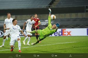 VIDEO - 13 Penyelamatan Karl-Johan Johnsson, Kiper yang Buat Manchester United Kewalahan