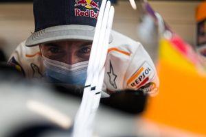 Tak Bisa Berbuat Banyak, Marc Marquez Prihatin dengan Kondisi Honda