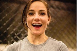 Isi Rekening Bank Tinggal Rp264 Ribu, Petarung Cantik UFC Baper Tak Dapat Bonus