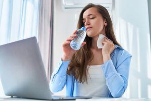 Kurang Minum Ternyata Bisa Mengganggu Suasana Hati dan Fungsi Otak