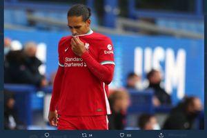 Kabar Buruk untuk Liverpool, Virgil Van Dijk Mungkin Bisa Kembali Bermain 2 Tahun Lagi