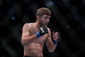Duel 51 Detik Tanpa Cedera, Marga Nurmagomedov Jadi Lawan Saudara Seperguruan Khabib di UFC 254?