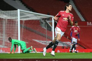 Agar Edinson Cavani Sukses di Man United, Solskjaer Perlu Adopsi Metode Sir Alex Ferguson
