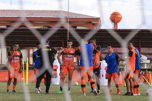 BREAKING NEWS - Hasil Rapat Exco, Liga 1 Ditunda Sampai Februari 2021