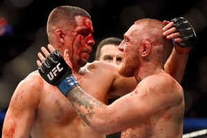 UFC 257 - Conor McGregor Penuhi Janji Sesama Laki-laki dengan Dustin Poirier