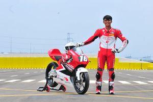 Tekad Mario Suryo Aji Bawa Indonesia Terbang Tinggi pada CEV Moto3