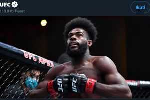 Khabib Cabang Amerika Serikat Robohkan Gacoan Kelas Bantam UFC asal Rusia