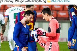 Usai Kausnya Diminta Lionel Messi, Edgar Badia Akhirnya Bicara dan Akui Kaget