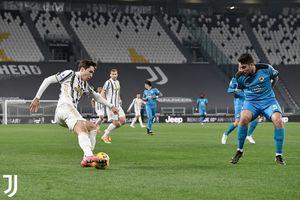 Ronaldo Dibikin Sial Tiang Gawang, Paruh Pertama Juventus vs Spezia Hampa Gol