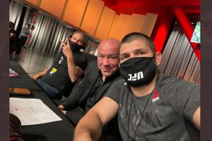 Ketemu Dana White di UFC 259, Khabib Nurmagomedov Comeback di Bulan September?