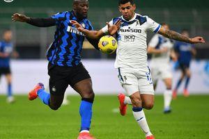 Duet  Romelu Lukaku-Lautaro Martinez Mandul, Inter Milan Tumpul di Babak I