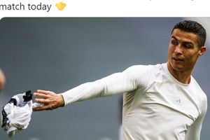 Hubungi Jorge Mendes, Man United Ingin Bawa Pulang Ronaldo?