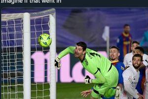 VIDEO - Andaikan Sepak Pojok Lionel Messi Tak Mencium Tiang di El Clasico Kemarin