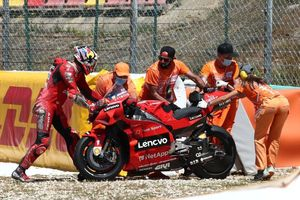 Jahitan Operasi Robek saat Crash, Gimana Nasib Pewaris Casey Stoner di MotoGP Spanyol 2021?