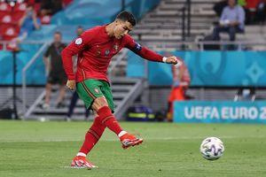 EURO 2020 - Rekor Fantastisnya Dicapai Ronaldo Lewat 2 Penalti, Legenda Iran Tak Ingin Nyinyir