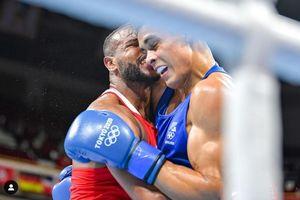 Olimpiade Tokyo 2020 – Frustrasi, Petinju Maroko Tiru Gigitan Mike Tyson pada Telinga Evander Holyfield