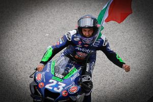MotoGP San Marino 2021 - Rookie Ganas Ducati Tambah Lagi! Start dari Posisi ke-12, Enea Bastianini Asapi Marc Marquez dan Rebut Podium Perdana