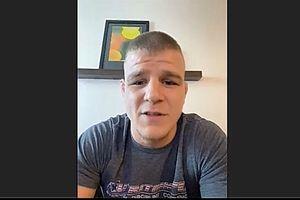 UFC Vegas 41 - Satu Lagi Jagoan Sangar Nagih Masuk Ranking Kelas Ringan