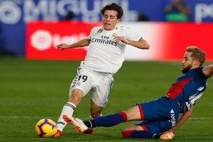 Bek Muda Real Madrid Alami Patah Tulang Setelah Tabrakan dengan Vinicius Junior