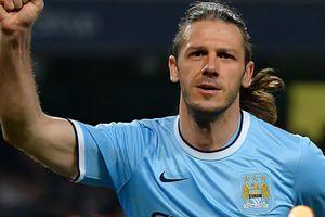 Mantan Bek Manchester City Dikabarkan Bergabung Menjadi Pelatih untuk Tim Ini