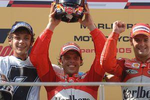 Eks Rival Sebut MotoGP Bakal Ganti Batas Usia Maksimal Pembalap untuk Valentino Rossi