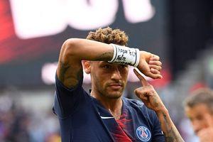Neymar Sempat Menangis Dua Hari karena Cedera Metatarsal yang Dideritanya Kambuh