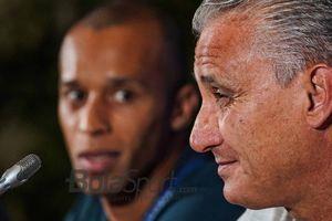 Menurut Pelatih Timnas Brasil, Ada Satu Pemainnya yang Selevel dengan Cristiano Ronaldo dan Lionel Messi