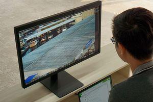 LG UltraFine 5K Display, Monitor Terbaik untuk MacBook Pro Touch Bar